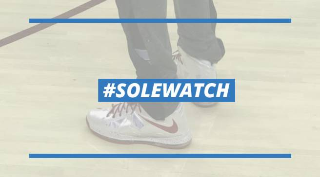 9798dab2739  SoleWatch  LeBron James Plays in One of His Old Sneakers