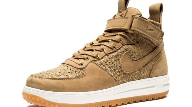 pretty nice f6cb0 a32f3 Even More Wheat Sneakers From Nike for Fall