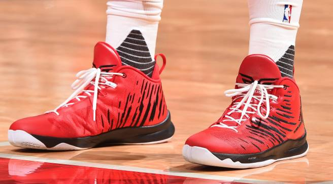 d202ffd9a Blake Griffin Played in Custom Jordans for a Good Cause