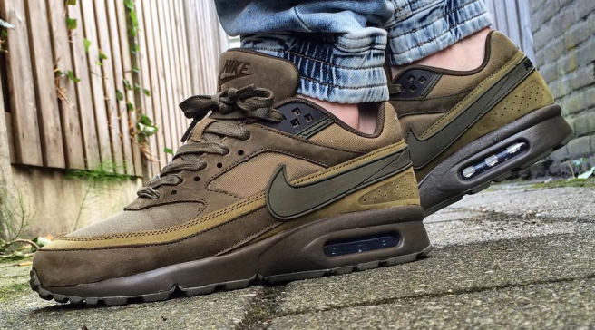 1573dd7f5 Nike Air Max BW Prepares for Fall With Olive Shades