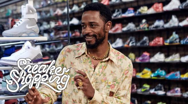 b344381a6  Atlanta  Star Goes Sneaker Shopping Barefoot