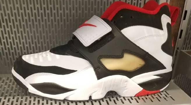 77679a7006 Deion Sanders' First Nikes Are Releasing Again