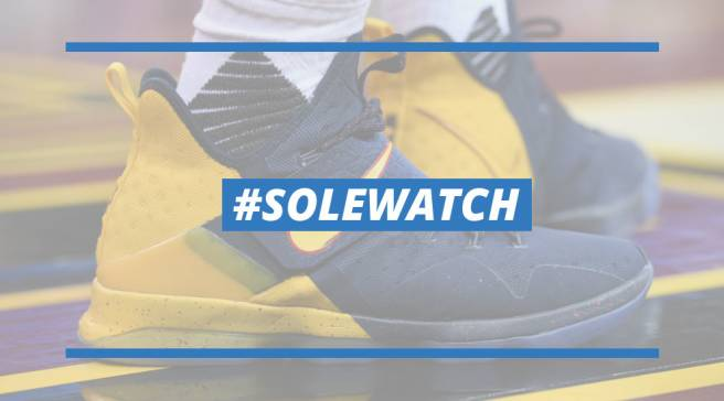 577fb996dfab  SoleWatch  LeBron James Debuts New LeBron 14 As Cavs Struggle