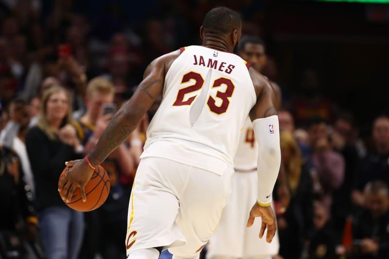 Nike reconoció el problema con las camisetas de la NBA