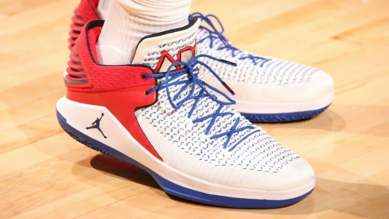Jordans XXXII Pistons Basketball Shoes
