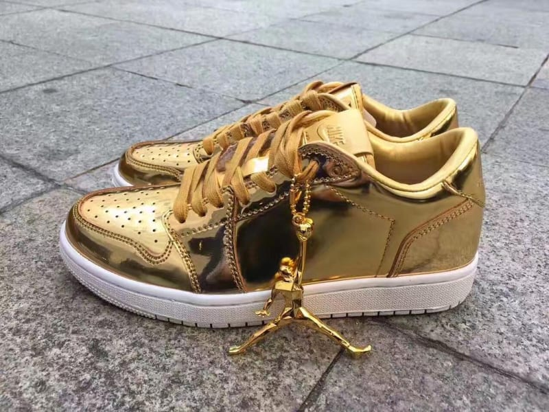 Air Jordan 1 Low OG Pinnacle Metallic Gold Shoes