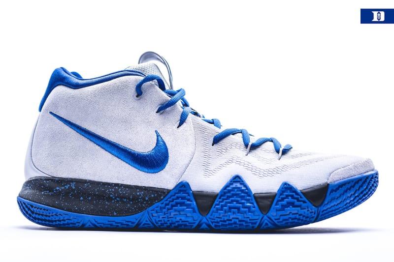 Nike Kyrie 4 Sport Shoe