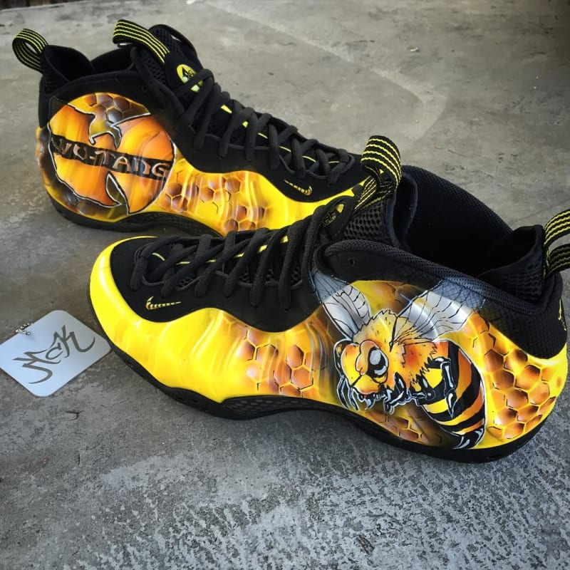 1bea15a97406b ... Pro The Nike Air Foamposite Wu-Tang by Dez Kreative Custom Kicks ...