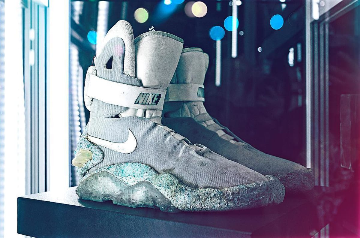 juguete Desalentar Desde allí  Original Marty McFly Movie-Worn Nike Mags to be Auctioned Off   Sole  Collector