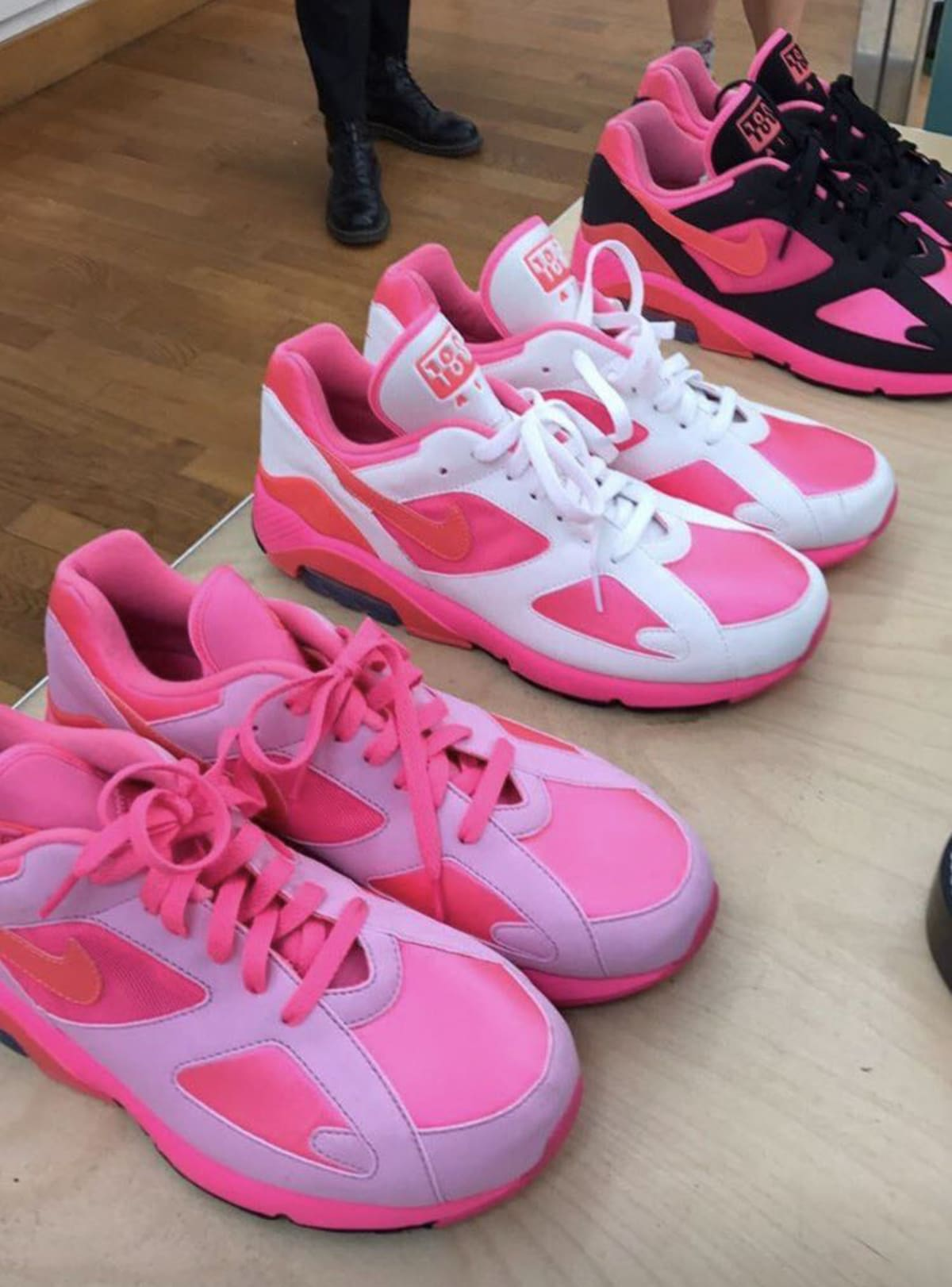 0826306d770d CDG Nike Air 180 AO4641-600 Release Date