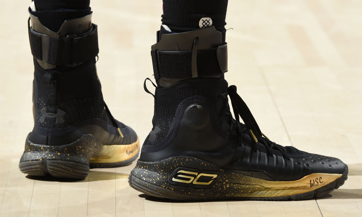 Stephen Curry Under Armour Curry 4 Black/Gold Finals PE ...
