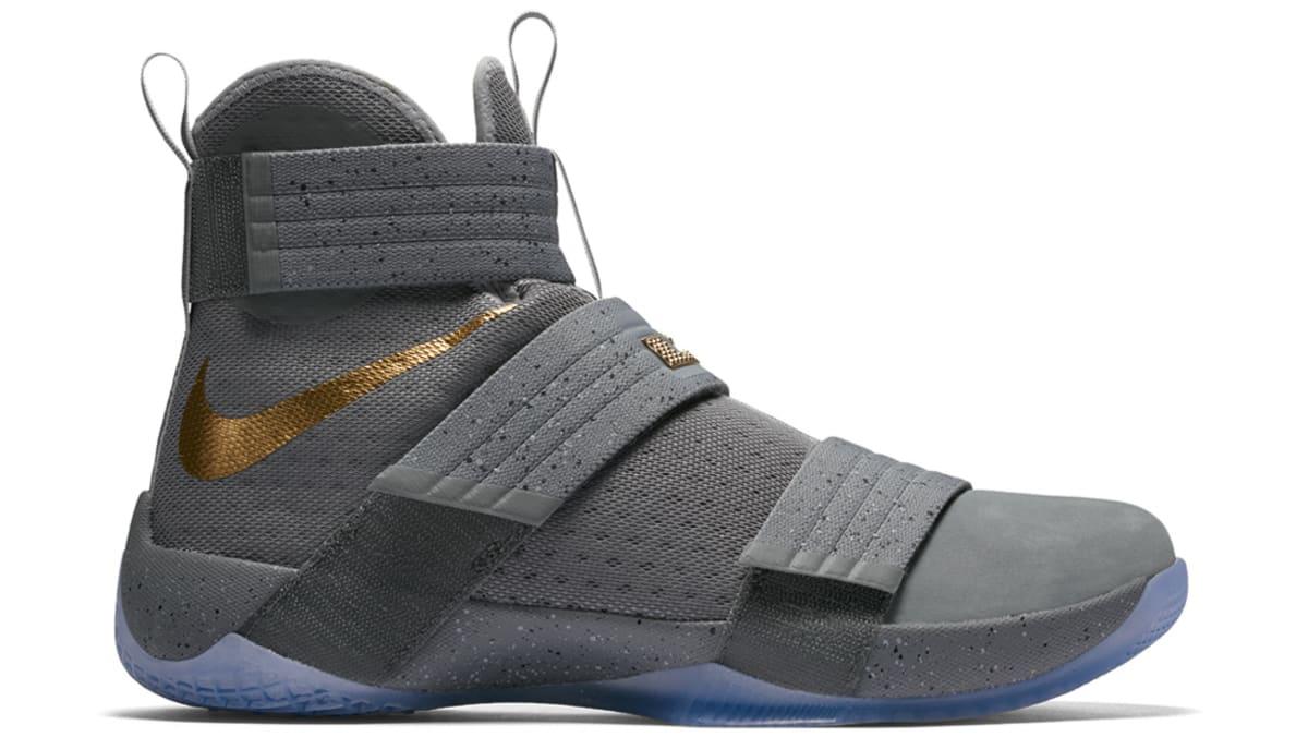 c81fa1b80e7 Nike Mag - Editors Picks October Sneakers