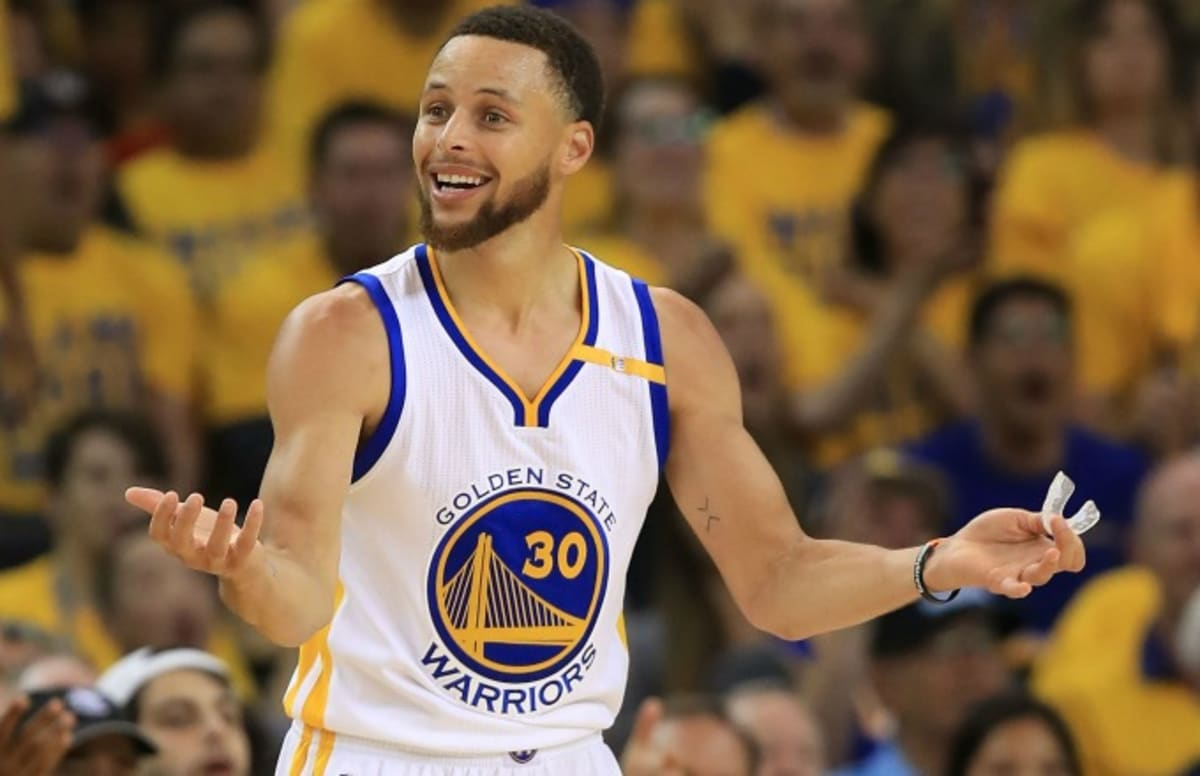 d67235e5db24 Steph Curry Rips Nikes Off Guys Feet Repaces Them His Sneakers ...