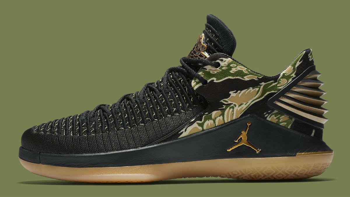 Jordan Shoes Mens Black And Gold