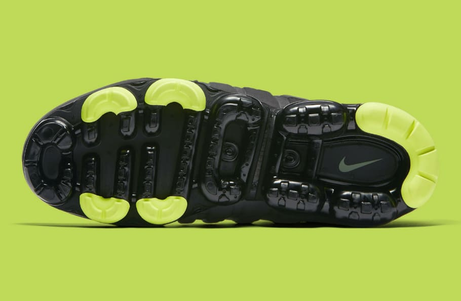 Nike Air VaporMax 95 Black Volt Medium Ash Dark Pewter Dusk
