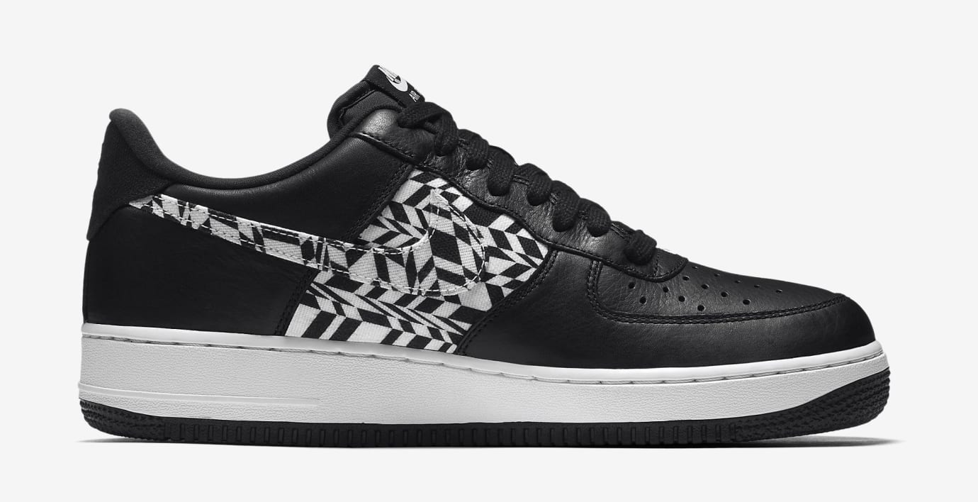Nike Air Force 1 Low AQ4131-001 (Medial)