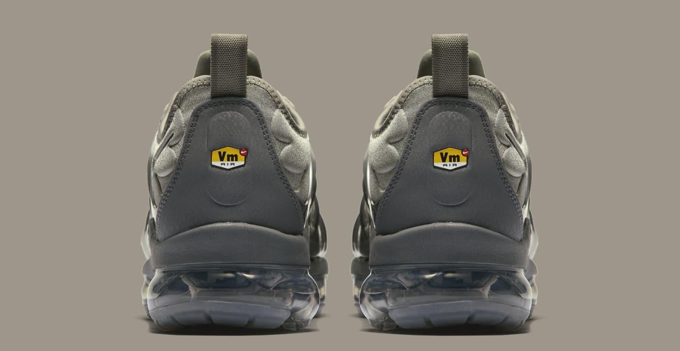 9dc46e80584 Image via Nike Nike VaporMax Plus  Dark Stucco White Dark Grey Anthracite   AT5681-