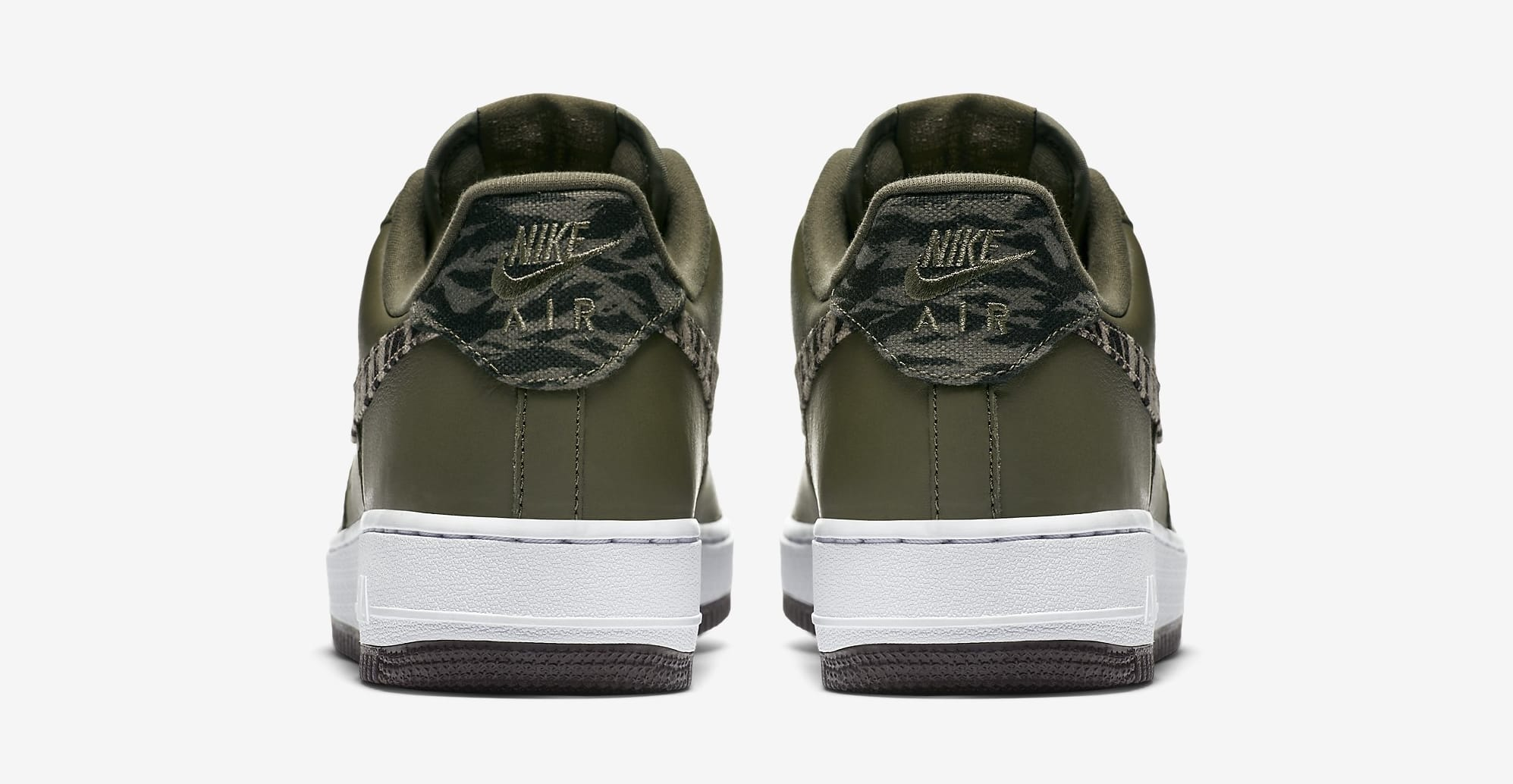 Nike Air Force 1 Low AQ4131-200 (Heel)