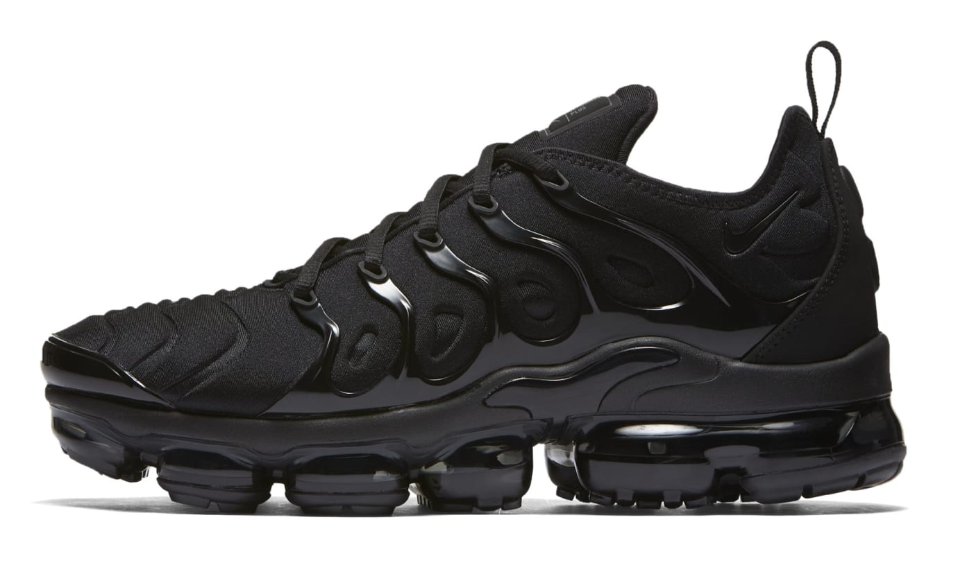 outlet store ffad0 f9127 Nike Vapormax Plus  Triple Black  924453-004 (Lateral)