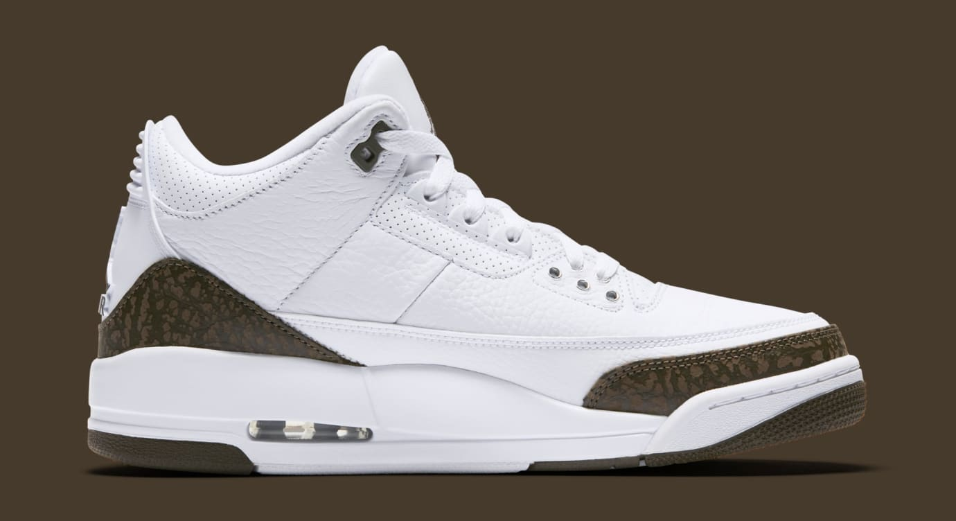 b40f697f4db91f Image via Nike Air Jordan 3  Mocha  White Chrome-Dark Mocha 136064-122 (