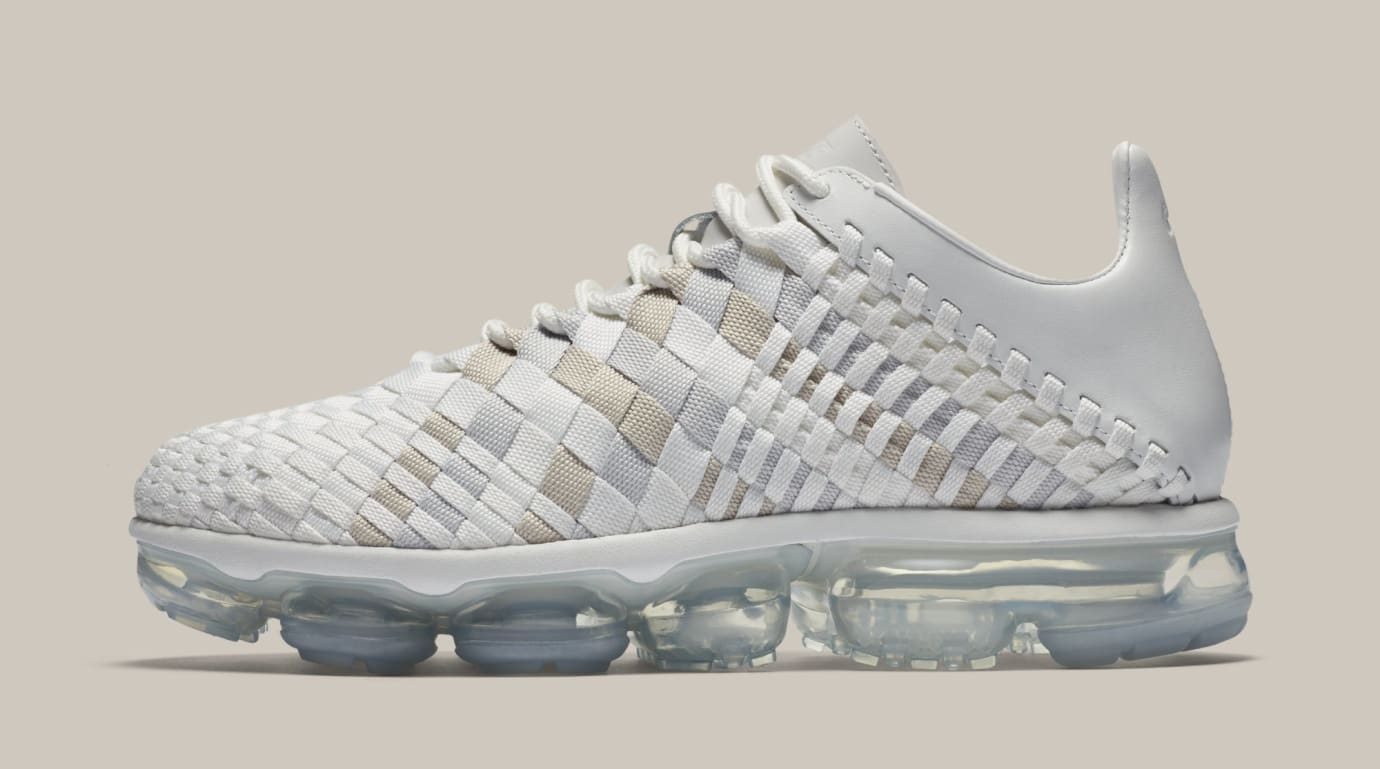 Nike Air VaporMax Inneva  Summit White Glacier Blue  AO2447-100 (Lateral 11f4e7b82