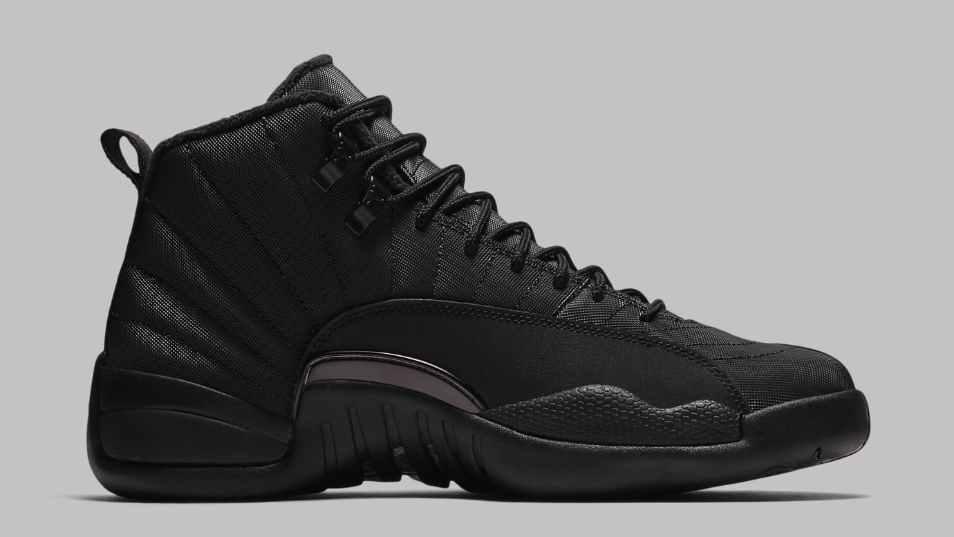 8801e6cfb04 Image via Nike air-jordan-12-winterized-black-bq6851-001-medial