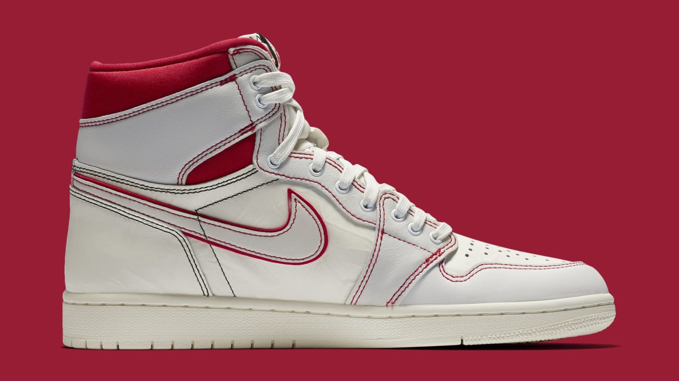 Air Jordan 1 'Sail/Black-Phantom-University Red' 555088-160 (Medial)