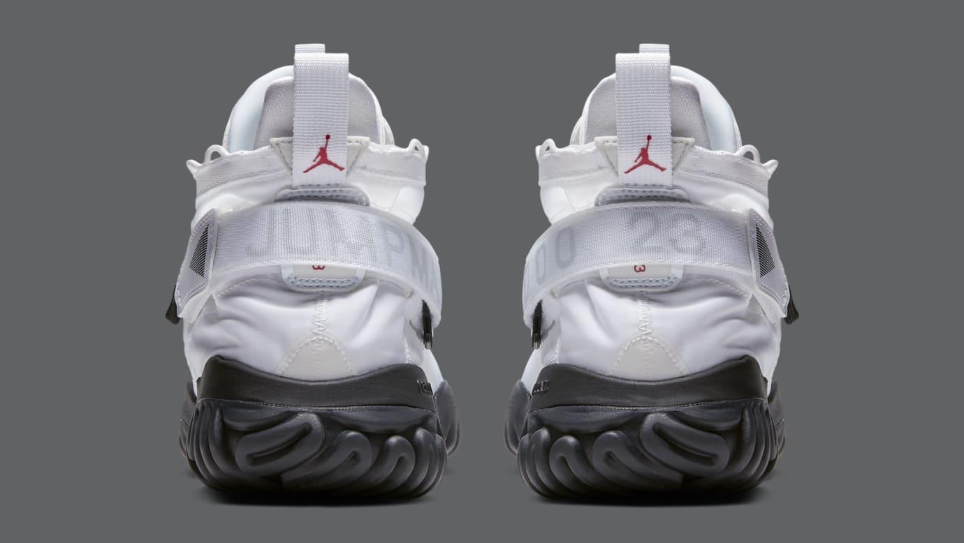 Jordan Proto React 'White/Black' BV1654-100 (Heel)