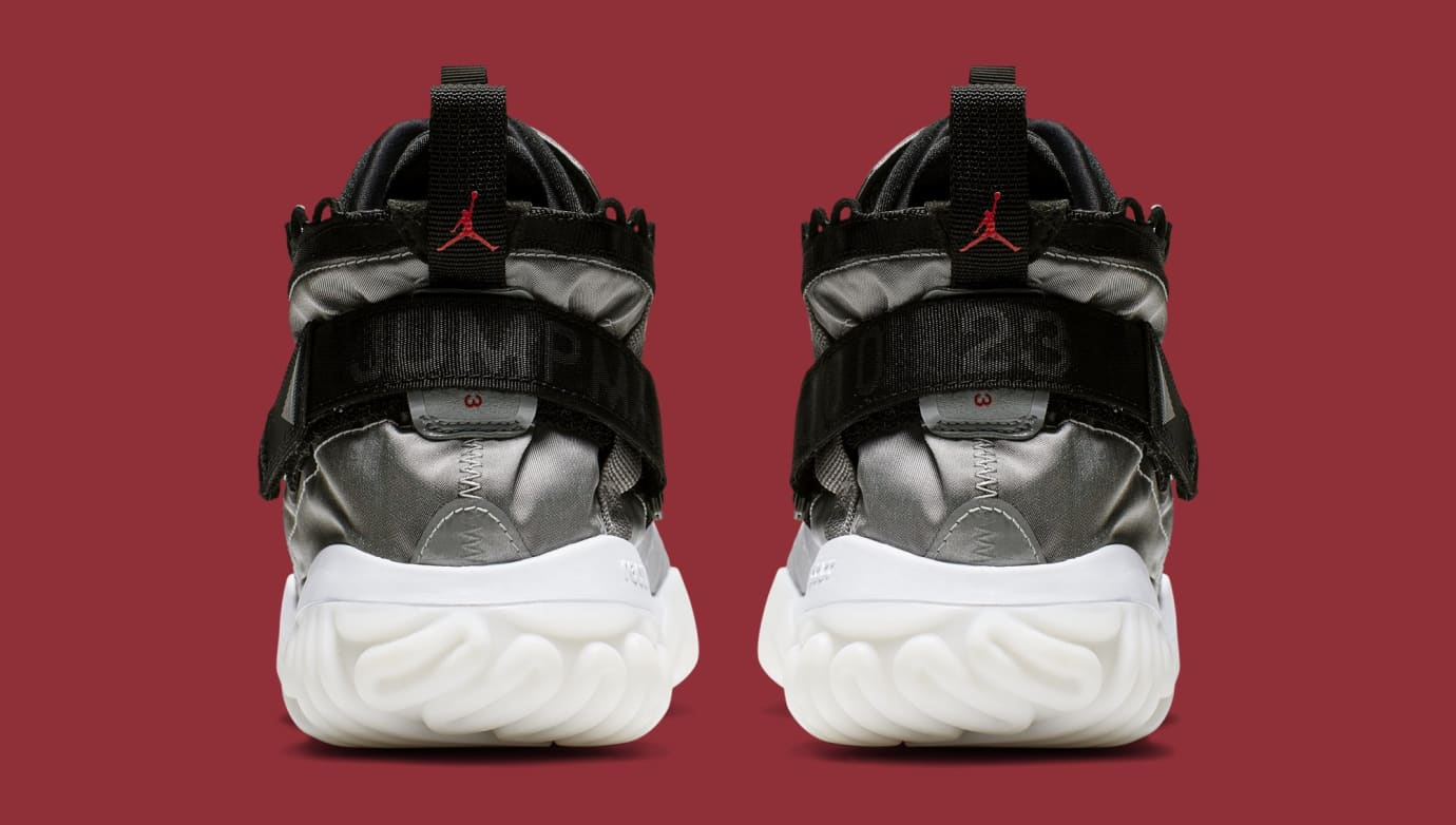 Jordan Proto React 'Grey/Black' BV1654-002 (Heel)