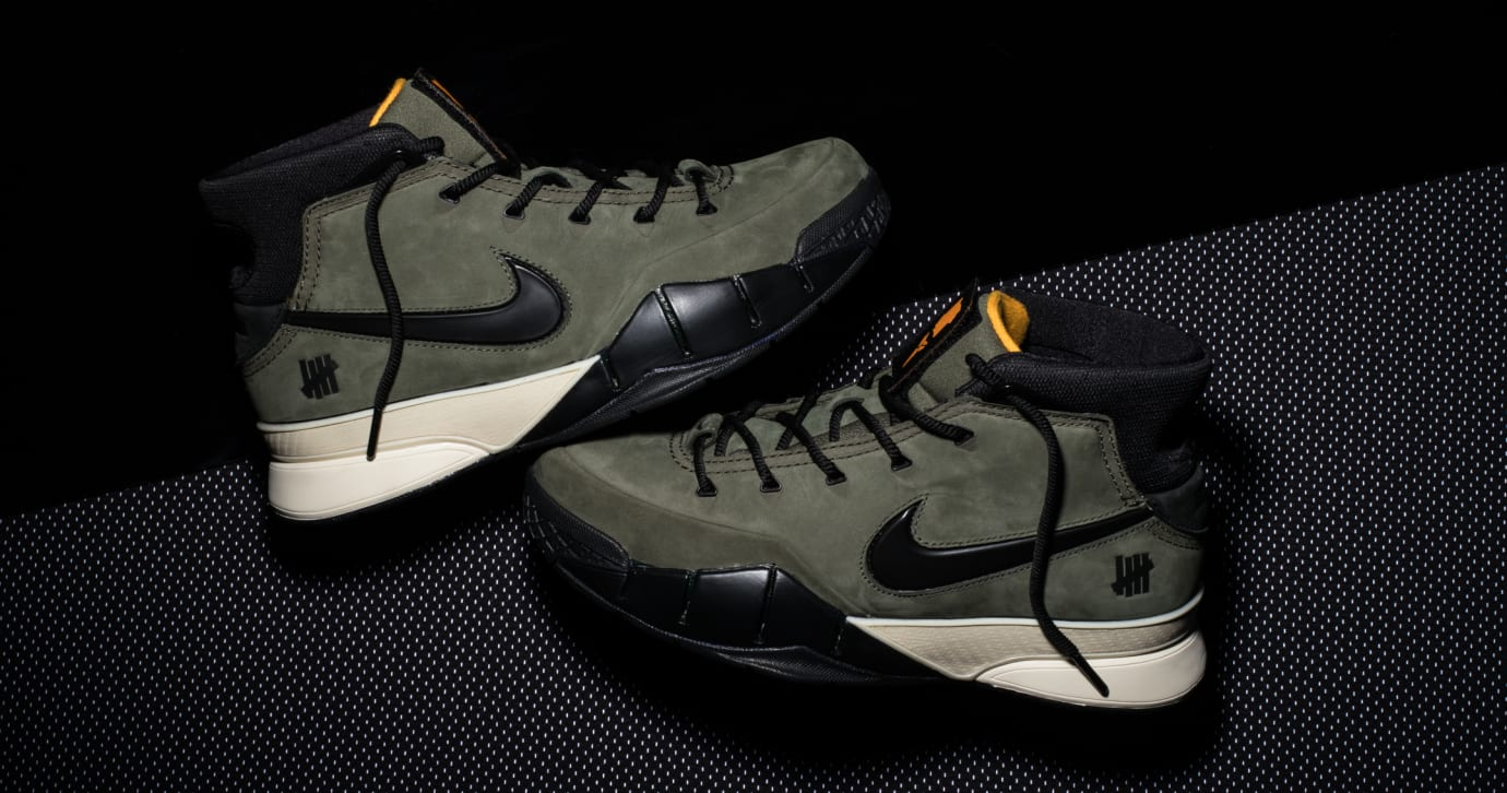 Undefeated x Nike Kobe 1 Protro 'Friends and Family' (Pair Lateral)