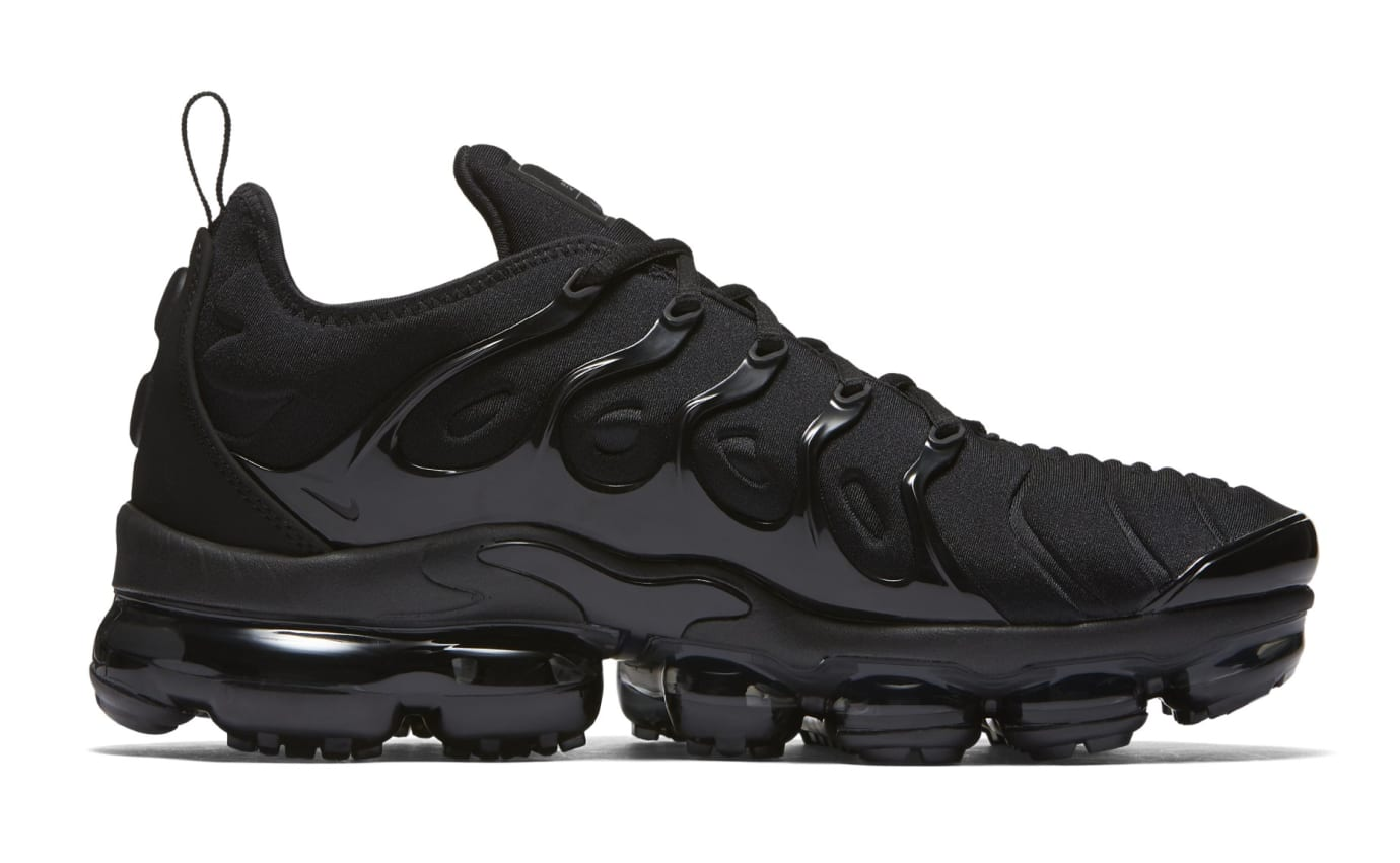 Nike Vapormax Plus 'Triple Black' 924453-004 (Medial)