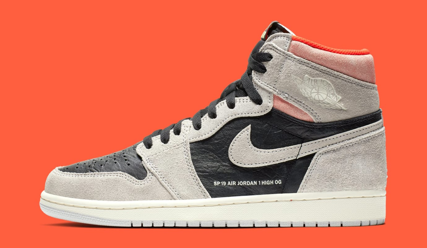Air Jordan 1 'Neutral Grey/Hyper Crimson-White-Black' 555088-018 (Lateral)