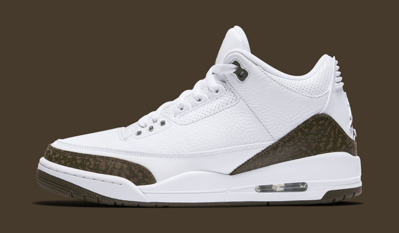 Air Jordan 3 'Mocha' White/Chrome-Dark Mocha 136064-122 (Lateral)