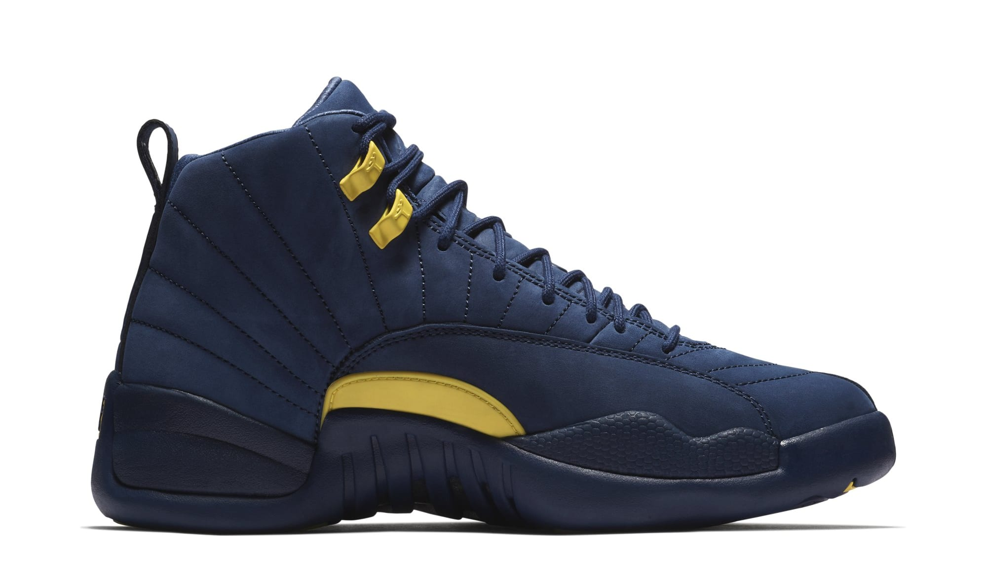 Air Jordan 12 'Michigan' BQ3180-407 (Medial)