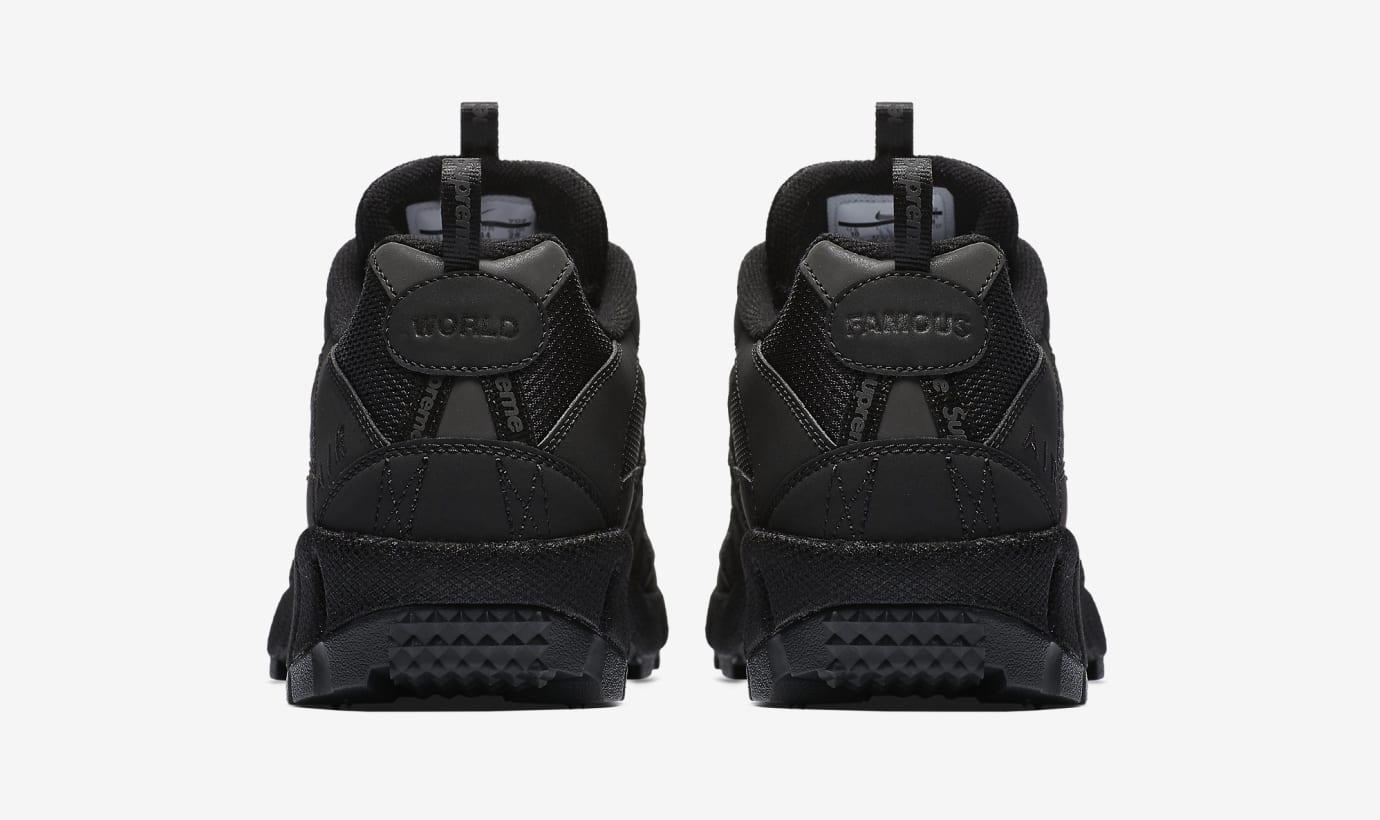 Supreme x Nike Air Humara '17 924464-001 (Heel)