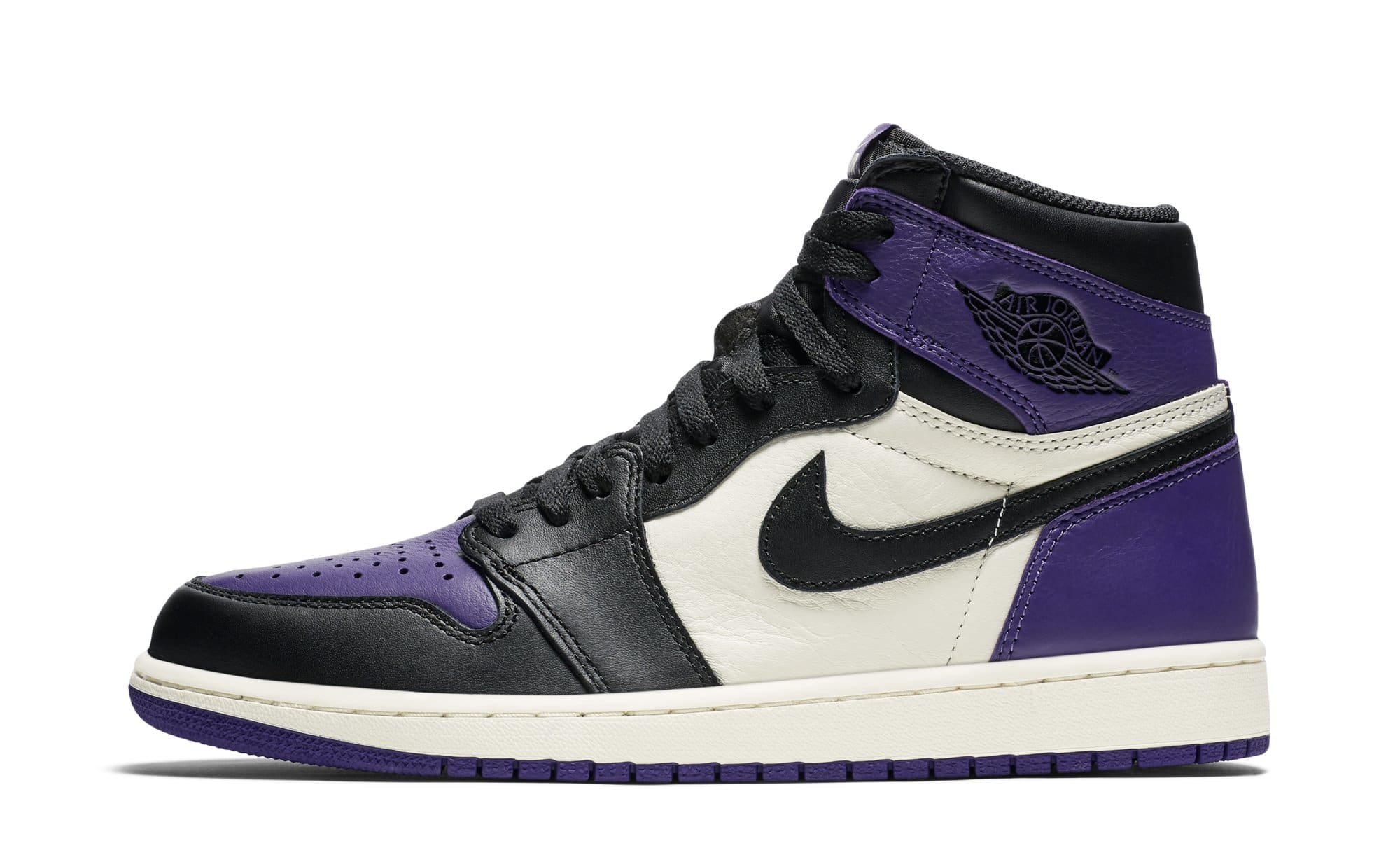 Air Jordan 1 High OG 'Court Purple' 555088-501 (Lateral)