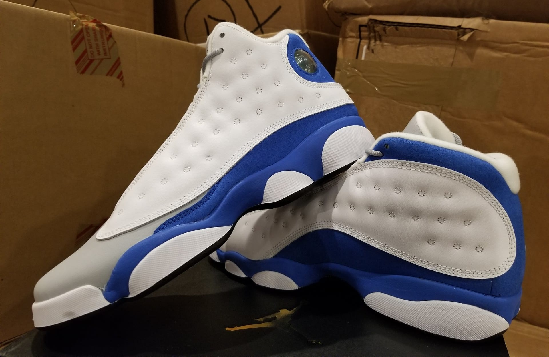 2a09526327b1 ... netherlands air jordan 13 xiii gs italy blue release date 439358 107  left profile d3541 5278e ...