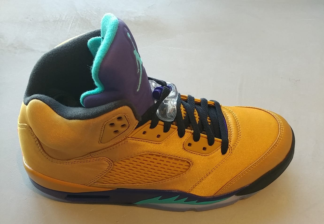 3f3e9646df7 Air Jordan 5 NRG  Fresh Prince  Friends and Family (Lateral) Image via Will  Smith