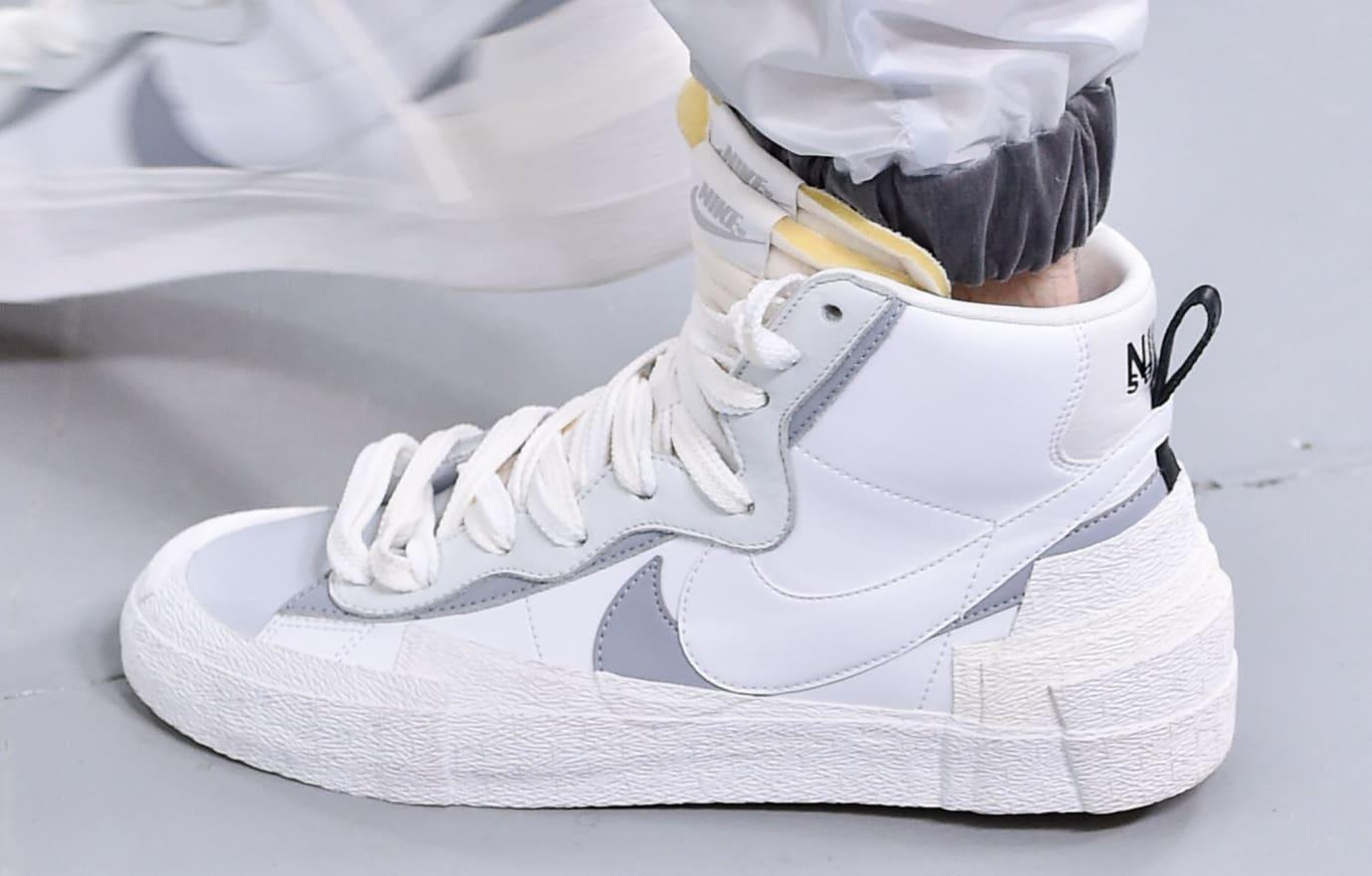 sacai-nike-hybrid-dunk-blazer-white-lateral