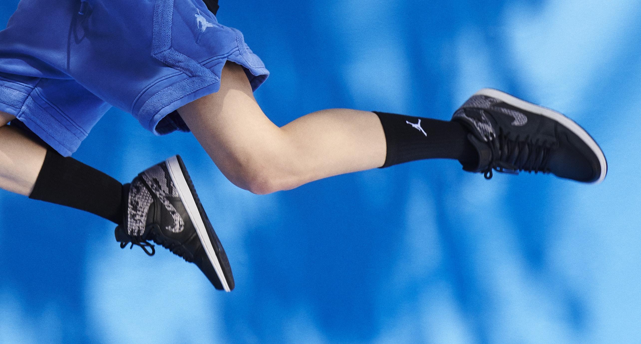 Air Jordan 1 Snakeskin 'Black/Grey' (On-Foot)