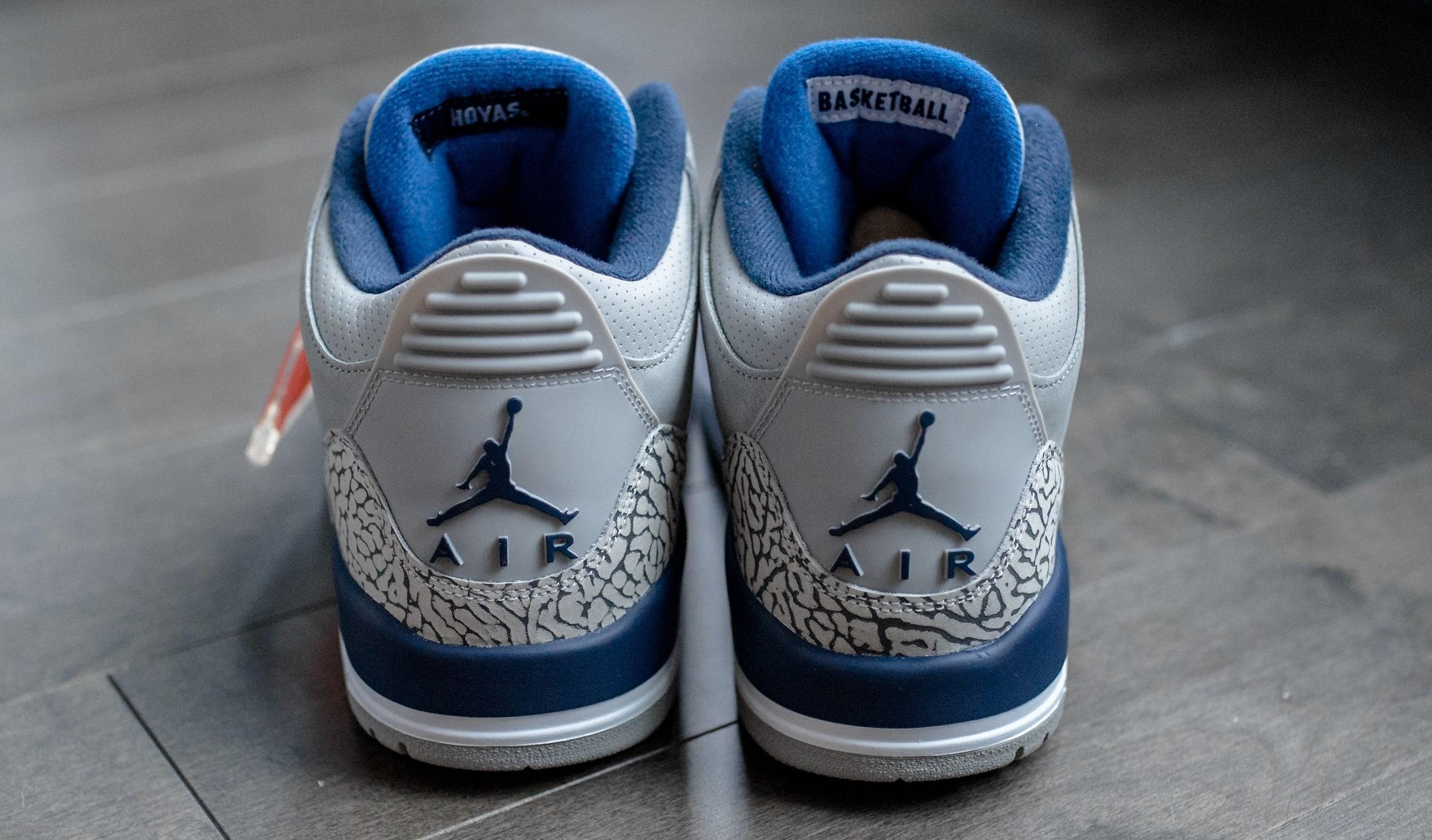 Air Jordan 3 'Georgetown' (Heel)