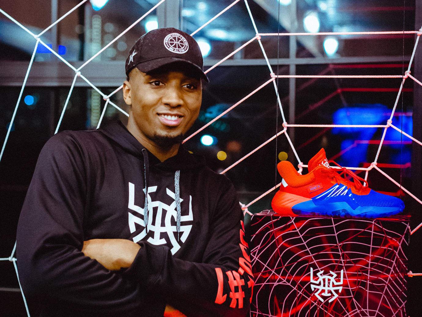 Donovan Mitchell и кроссовки Adidas D.O.N. Issue #1