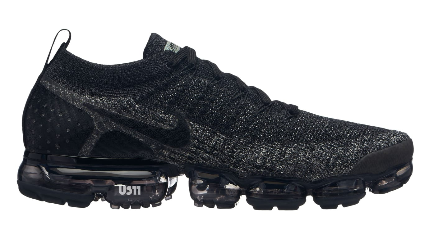 3b3b4835a12e Image via US11 · Nike Air VaporMax 2.0 Black Grey