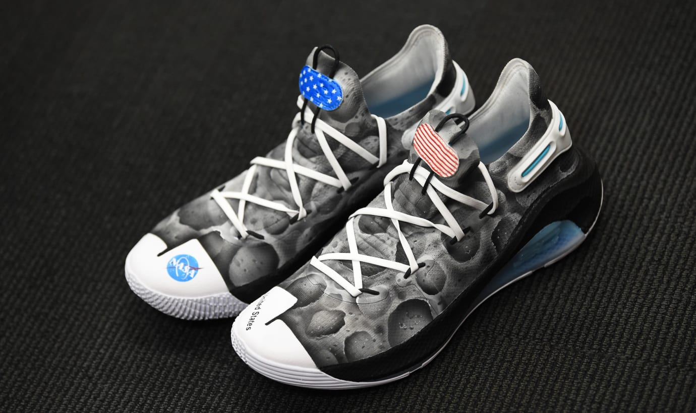 Under Armour Curry 6 'Moon Landing' (Pair)