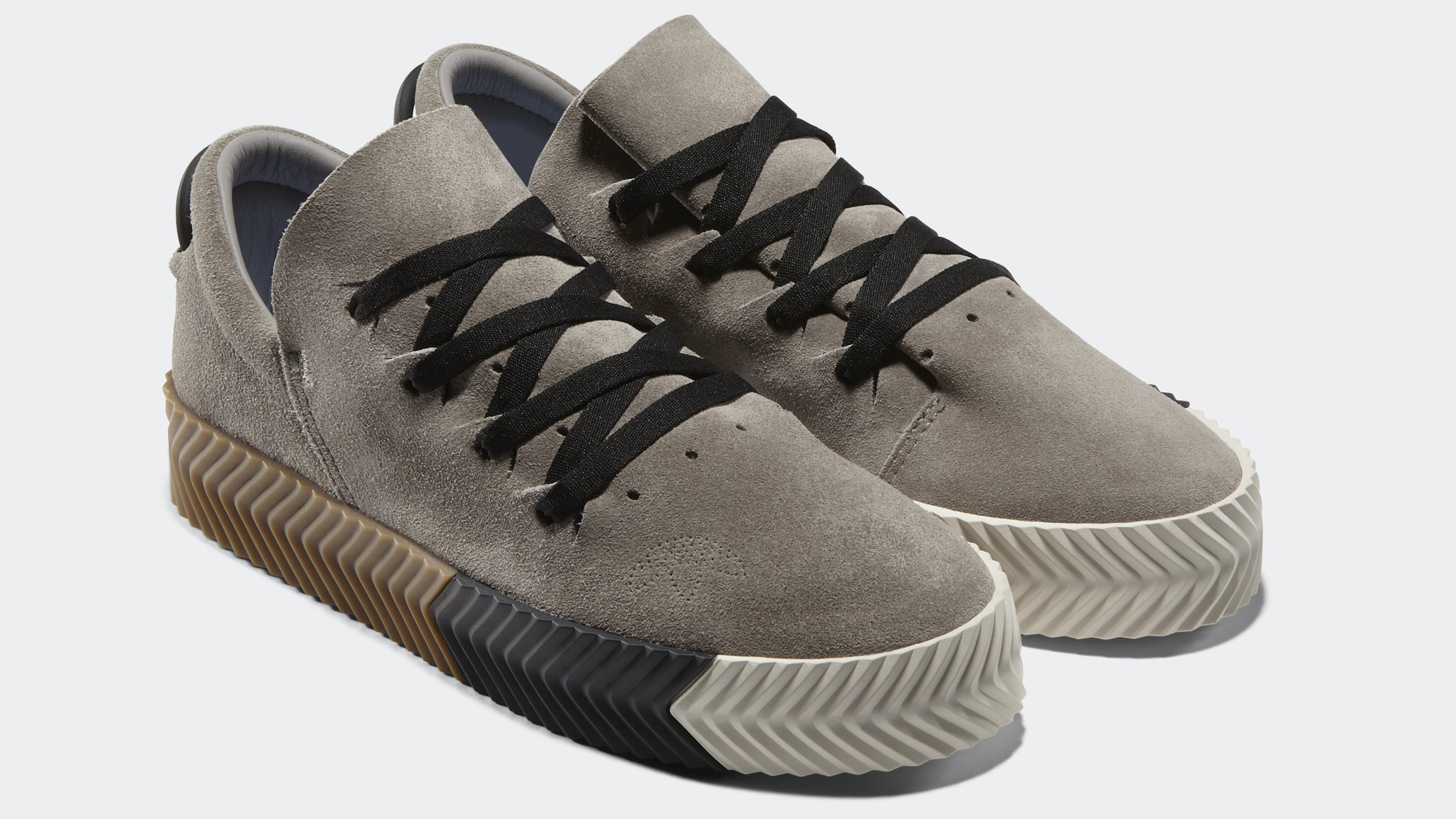 Women S Toe Box Shoes