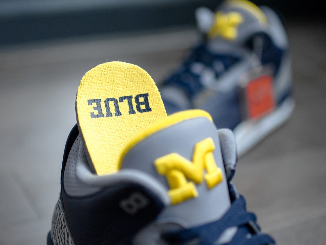 Air Jordan 3 'Michigan' PE (Tongue and Insole)