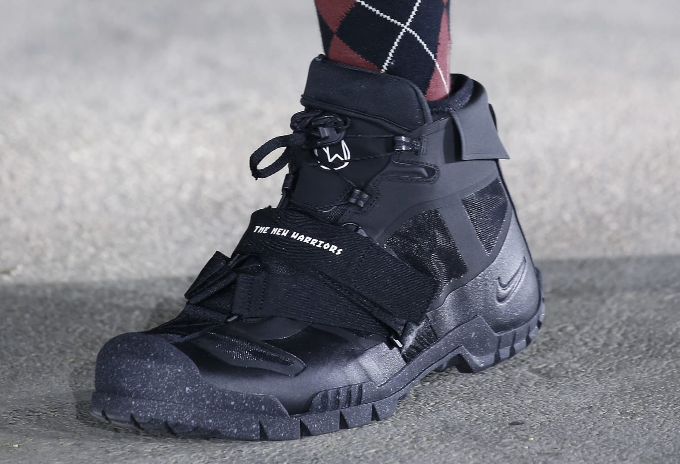 Undercover x Nike Paris Fashion Week Black High-Top (Front)