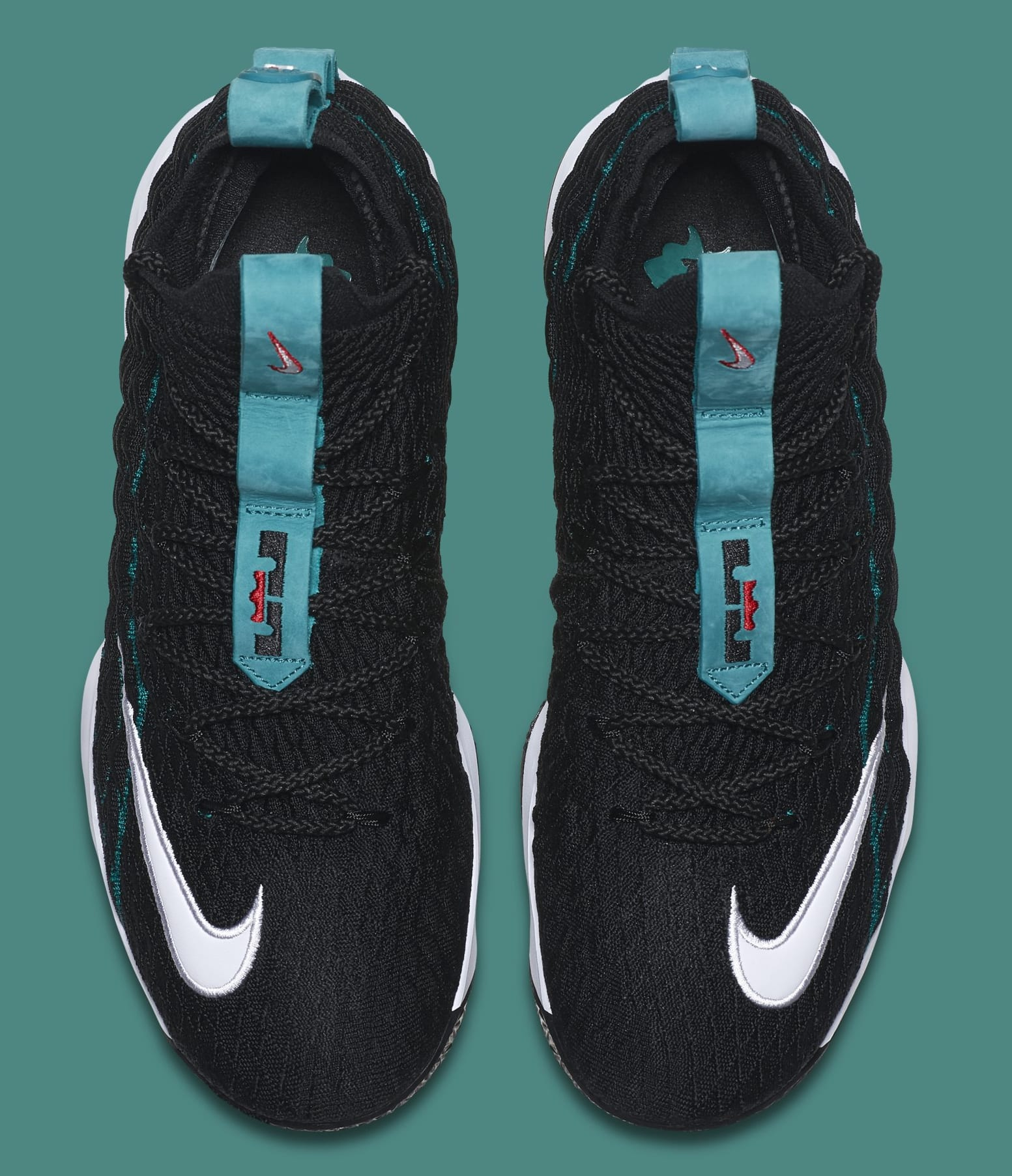 the latest 2b6c7 34572 LeBron James Honors Ken Griffey Jr. With Nike LeBron 15s ...