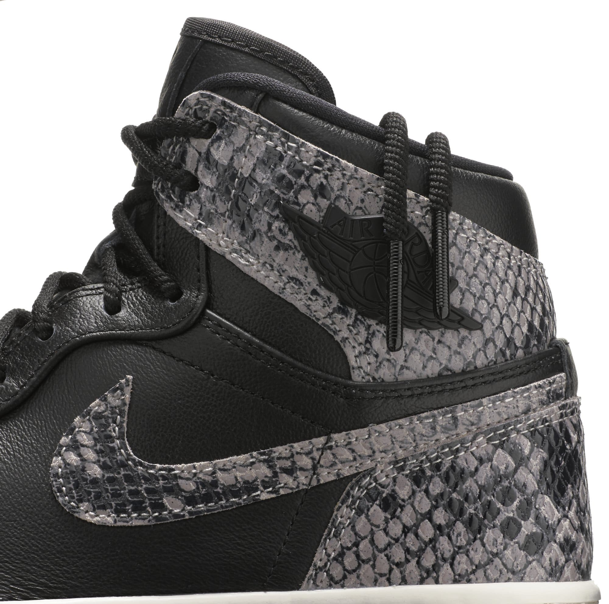 Air Jordan 1 Retro High Premium Women's Snake 'Black/Phantom' AH7389-014 (Detail)