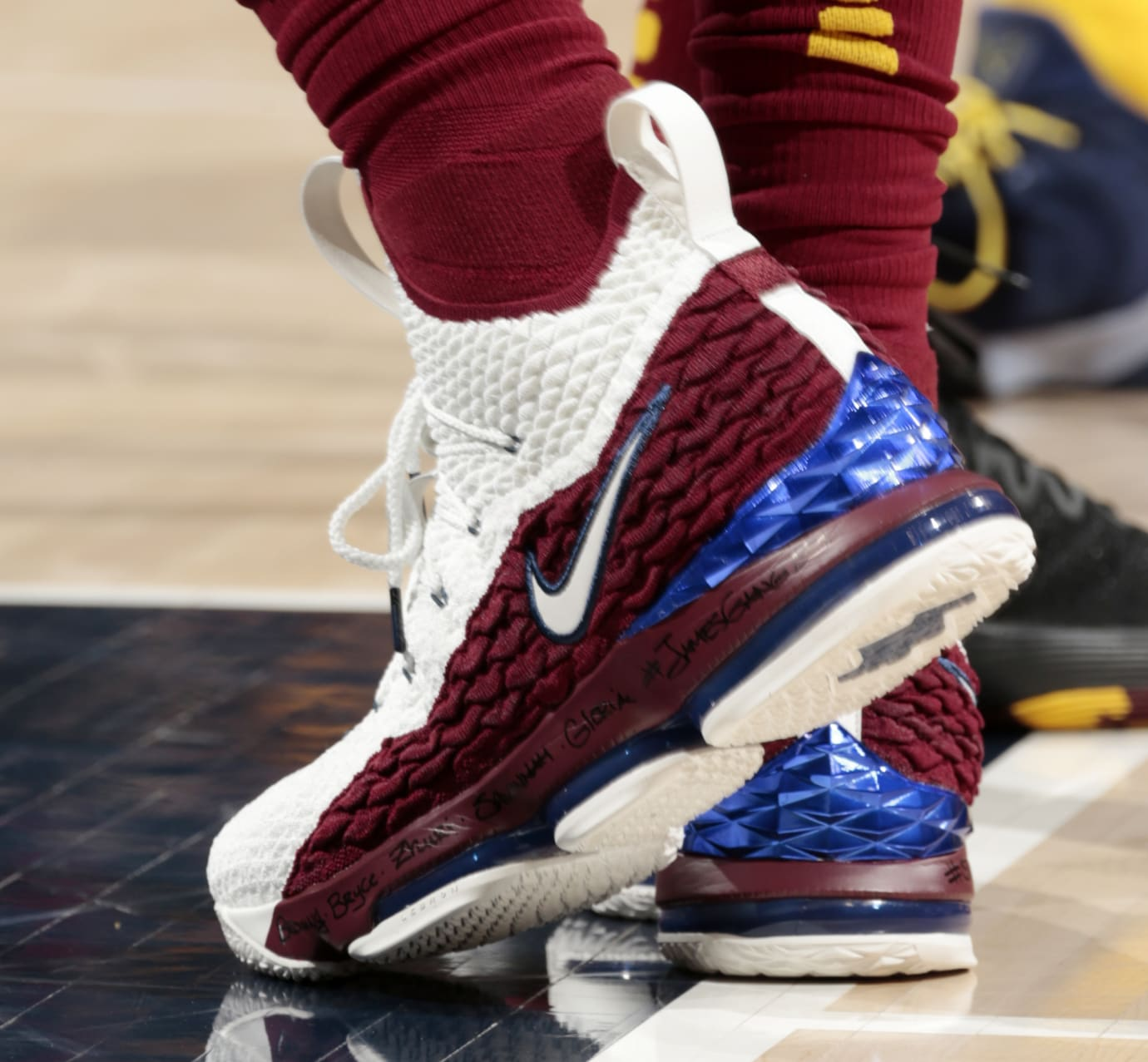 LeBron James Rocks Another 15 Inspired by His First Signature  bc733804f